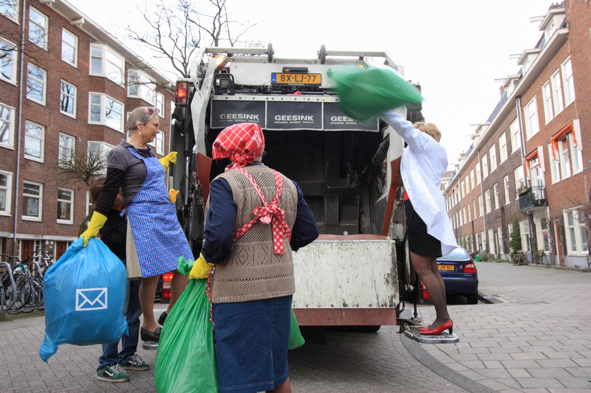 SeniorWeb campagne vuilniswagen